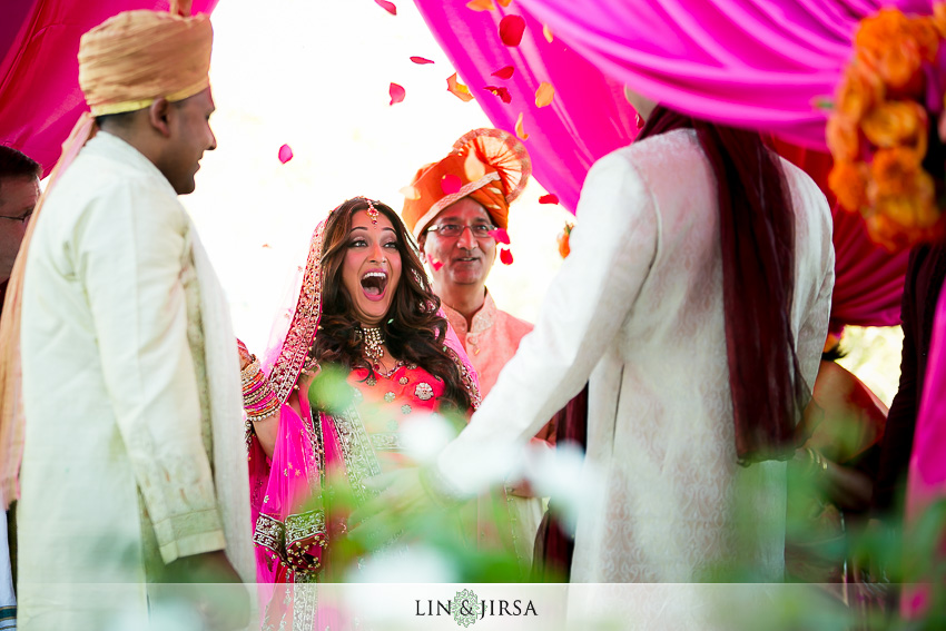 027-the-london-west-hollywood-indian-wedding-photographer-wedding-ceremony-photos