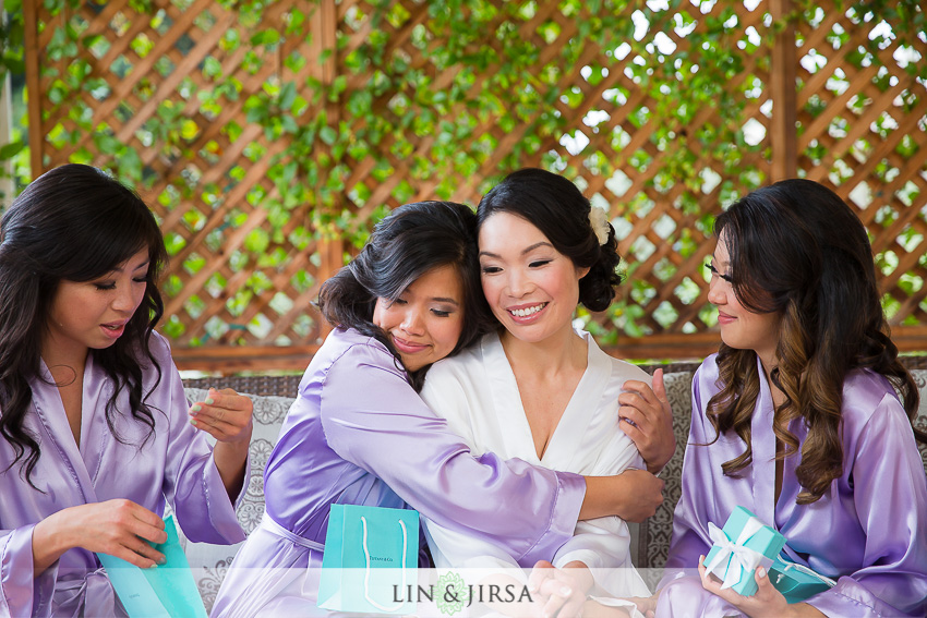 03-private-estate-orange-couty-wedding-photographer-getting-ready-photos