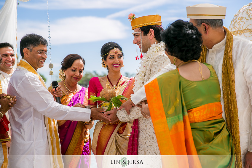 033-hyatt-regency-long-beach-indian-wedding-photographer-wedding-ceremony-photos