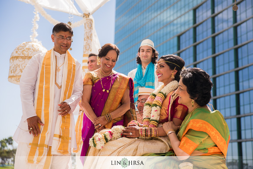 036-hyatt-regency-long-beach-indian-wedding-photographer-wedding-ceremony-photos