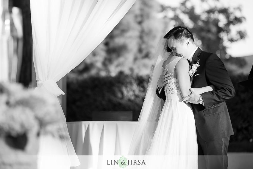 037-turnip-rose-promenade-and-gardens-costa-mesa-wedding-photographer-wedding-ceremony-photos