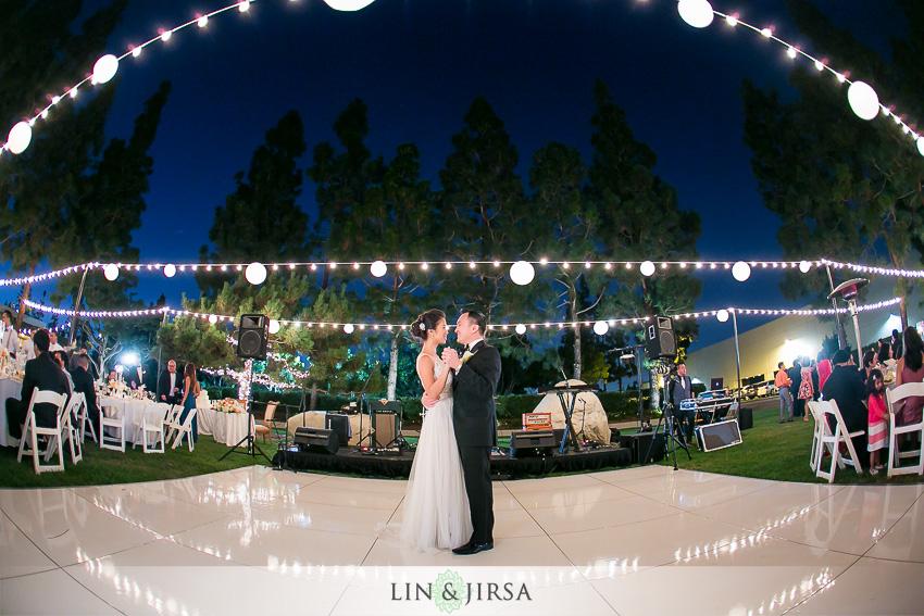 042-turnip-rose-promenade-and-gardens-costa-mesa-wedding-photographer-wedding-reception-photos