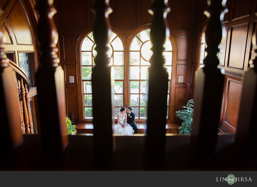 23-private-estate-orange-couty-wedding-photographer-first-look-couple-session-photos