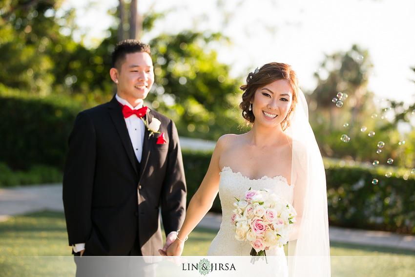 27-newport-beach-marriott-wedding-photographer-wedding-party-couple-session-photos