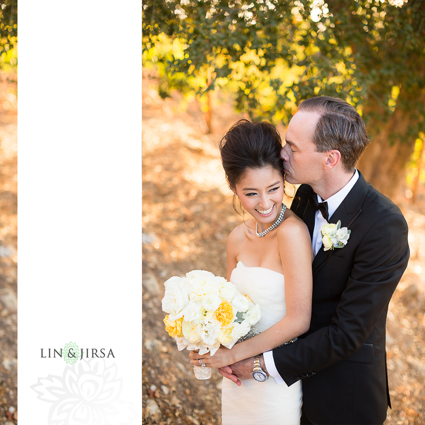 30-malibu-vineyard-estate-wedding-photographer-couple-session-photos