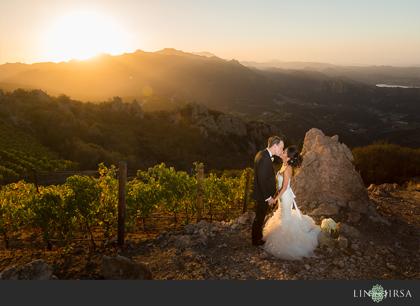 33-malibu-vineyard-estate-wedding-photographer-couple-session-photos