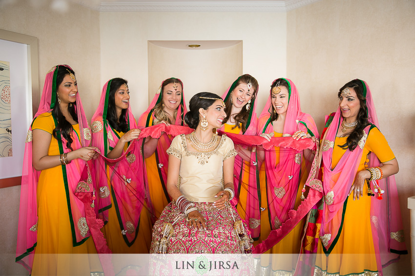 04-loews-coronado-bay-resort-indian-wedding-photographer-getting-ready-photos