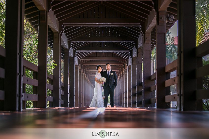 08-the-langham-huntington-pasadena-wedding-photographer-first-look-couple-session-photos
