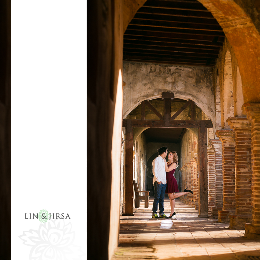 09-mission-san-juan-capistrano-engagement-photographer