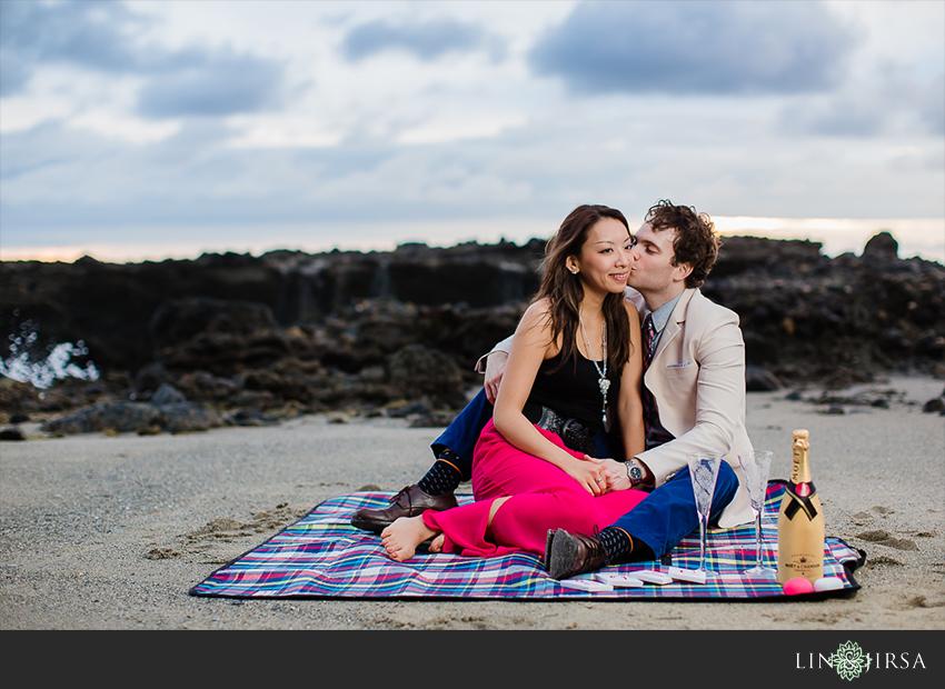 10-orange-county-laguna-beach-engagement-sunset-photographer