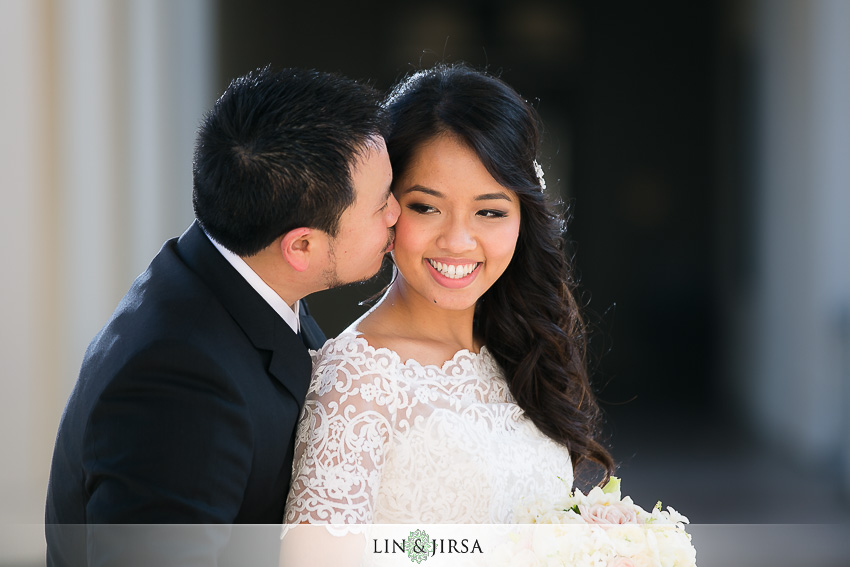 12-the-langham-huntington-pasadena-wedding-photographer-first-look-couple-session-photos