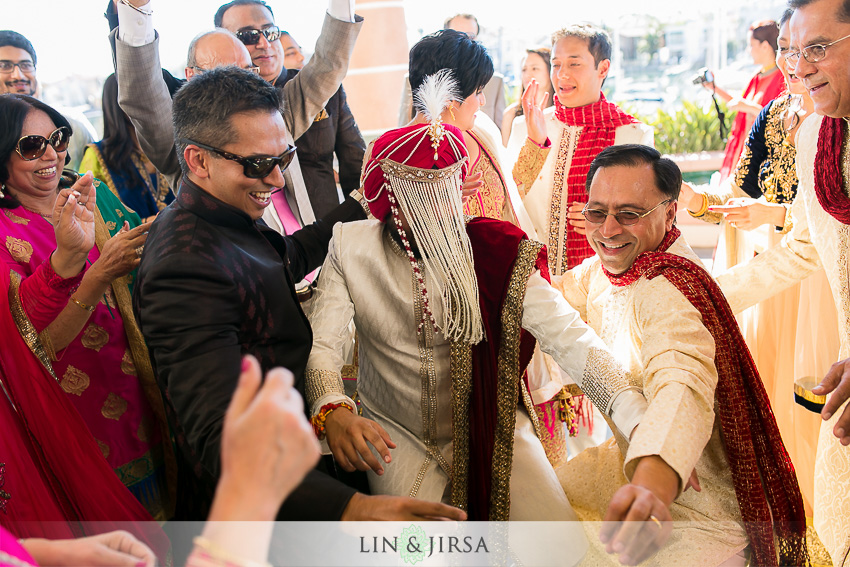 14-loews-coronado-bay-resort-indian-wedding-photographer-baraat-photos