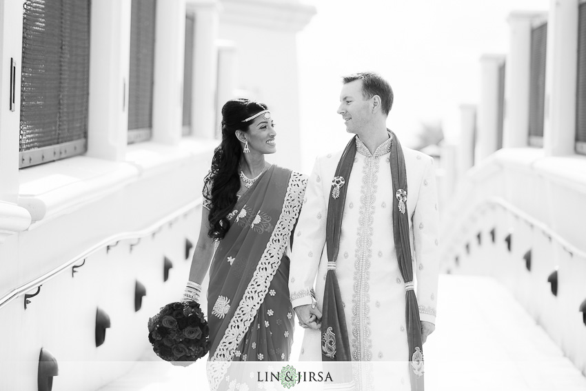 17-hyatt-regency-huntington-beach-indian-wedding-photographer-first-look-couple-session-photos