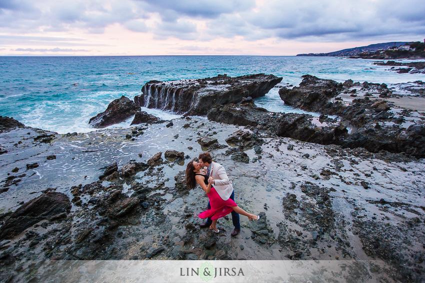 18-orange-county-laguna-beach-engagement-sunset-photographer