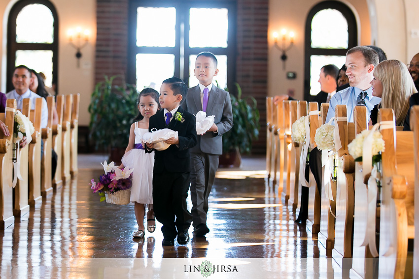 18-st-gabriel-catholic-church-wedding-photographer-wedding-ceremony-photos