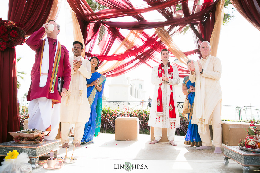 22-hyatt-regency-huntington-beach-indian-wedding-photographer-indian-ceremony-photos