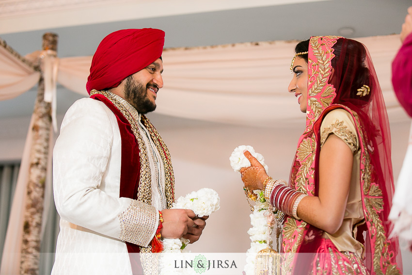 22-loews-coronado-bay-resort-indian-wedding-photographer-wedding-ceremony-photos
