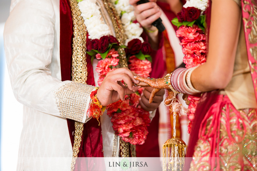 23-loews-coronado-bay-resort-indian-wedding-photographer-wedding-ceremony-photos