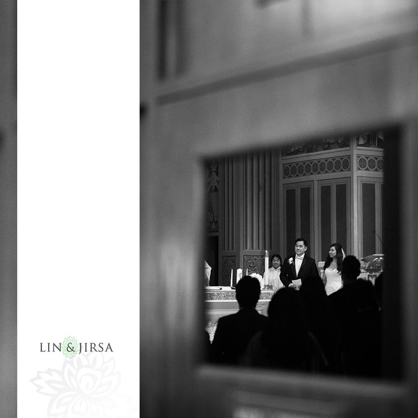 24-st-monica-catholic-church-santa-monica-wedding-photographer-wedding-ceremony-photos