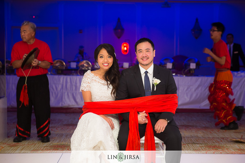 27-the-langham-huntington-pasadena-wedding-photographer-wedding-reception-photos