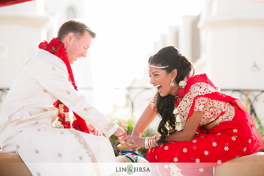 28-hyatt-regency-huntington-beach-indian-wedding-photographer-indian-ceremony-photos