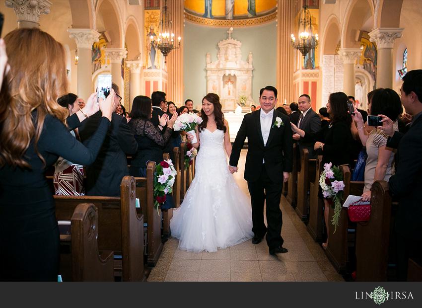 29-st-monica-catholic-church-santa-monica-wedding-photographer-wedding-ceremony-photos