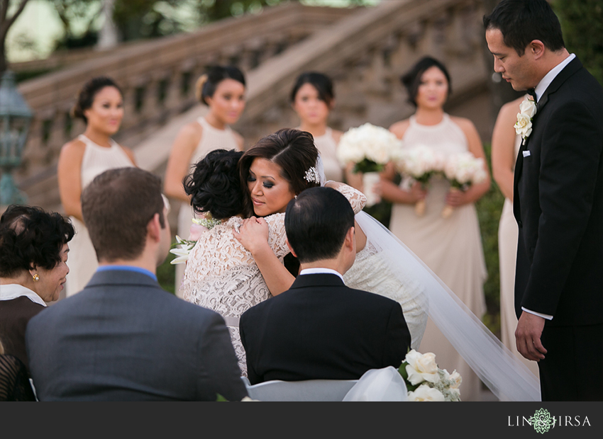 29-the-langham-huntington-pasadena-wedding-photographer-first-look-wedding-ceremony-photos