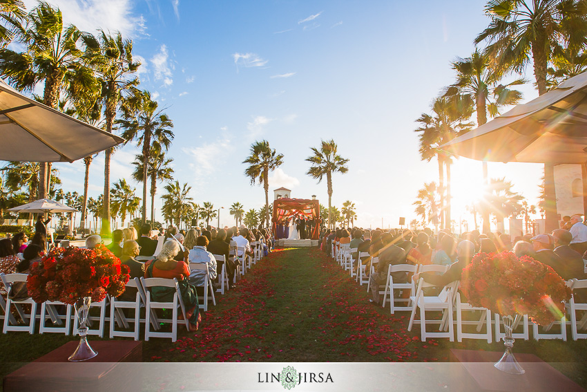 35-hyatt-regency-huntington-beach-indian-wedding-photographer-ceremony-photos