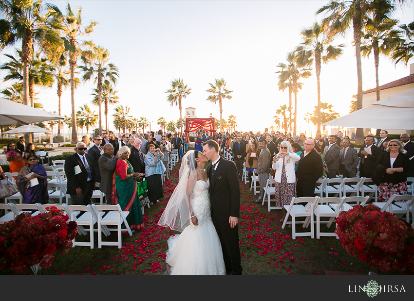 39-hyatt-regency-huntington-beach-indian-wedding-photographer-ceremony-photos