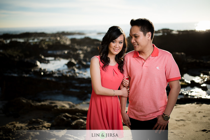 03-winter-beach-engagement-photographer