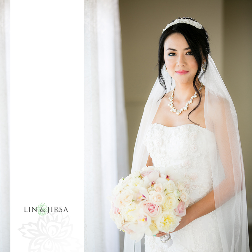 04-the-ritz-carlton-laguna-niguel-wedding-photographer-getting-ready-photos