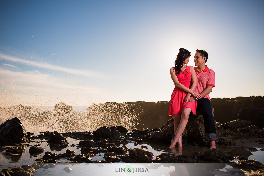 04-winter-beach-engagement-photographer