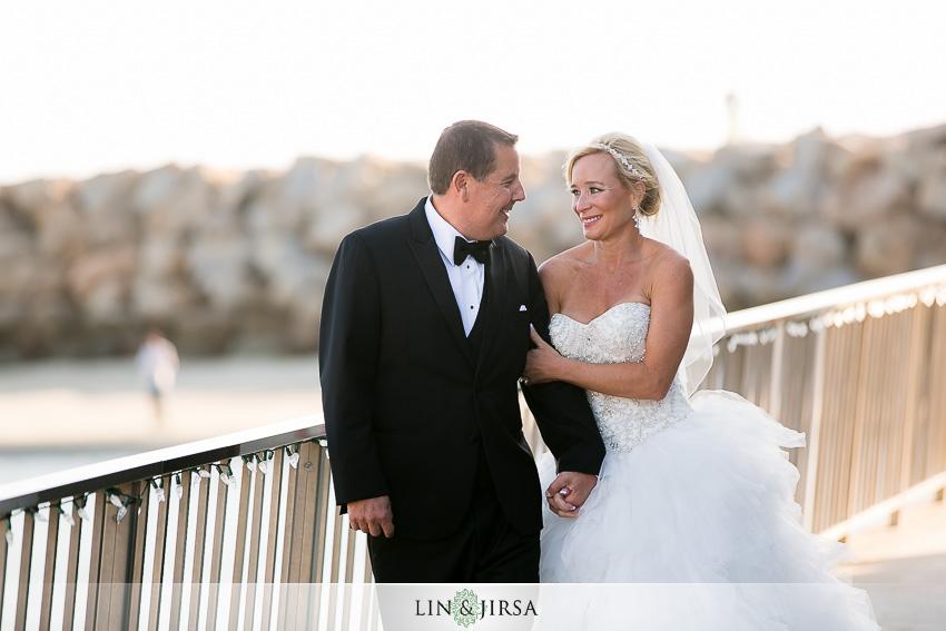 08-dana-point-yacht-club-wedding-photographer-couple-session-photos