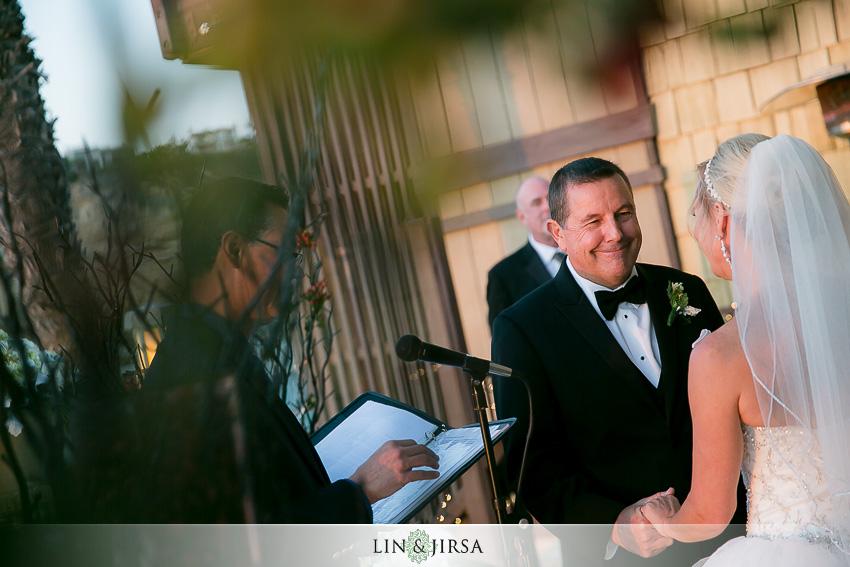 13-dana-point-yacht-club-wedding-photographer-wedding-ceremony