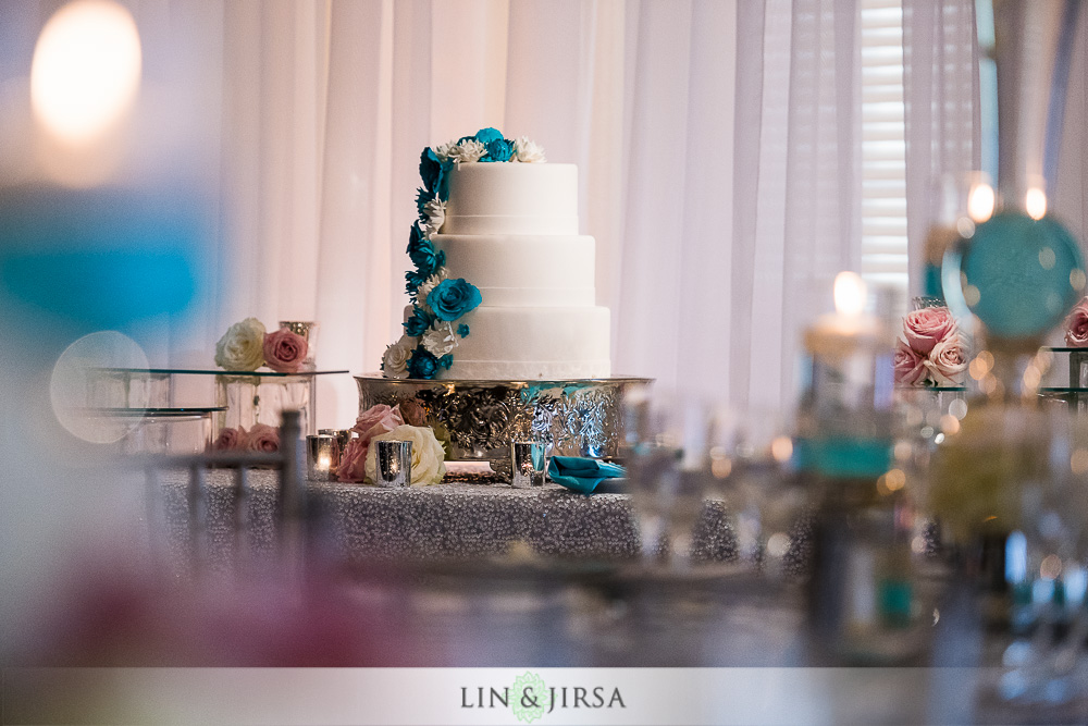 19-the-ritz-carlton-laguna-niguel-wedding-photographer-tea-ceremony-wedding-reception-photos