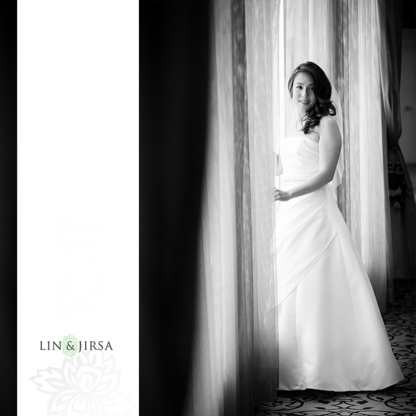 03-hilton-san-gabriel-wedding-photographer-getting-ready-photos