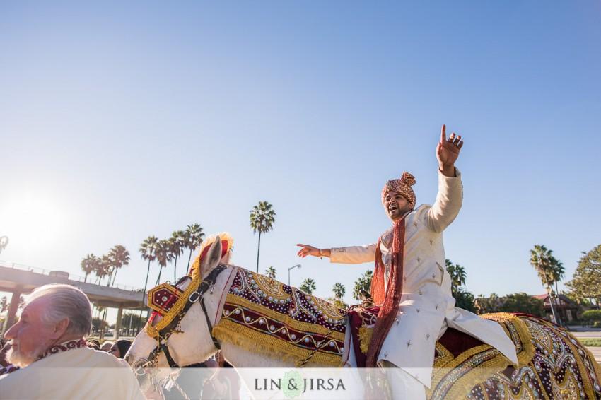 03-hyatt-regency-long-beach-indian-wedding-getting-ready-baraat-photos