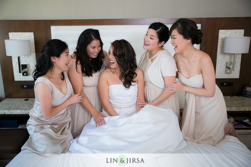 04-hilton-san-gabriel-wedding-photographer-getting-ready-photos
