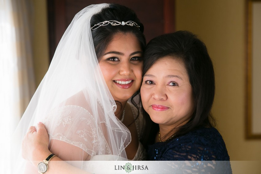 06-the-grand-long-beach-event-center-wedding-photographer-getting-ready-photos