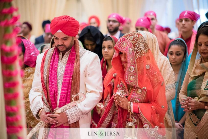 07-hyatt-regency-long-beach-indian-wedding-ceremony-photos