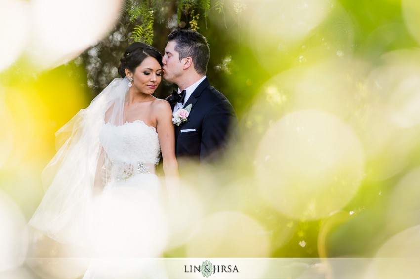 10-green-gables-estate-wedding-photographer-couple-session-wedding-party-photos