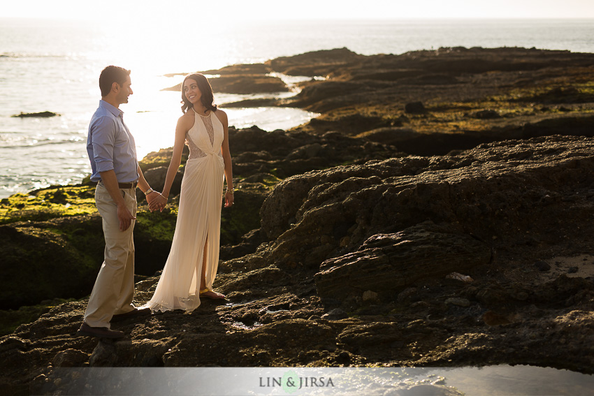 10-laguna-beach-orange-county-sunset-engagement-photos