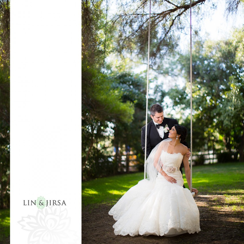 11-green-gables-estate-wedding-photographer-couple-session-wedding-party-photos