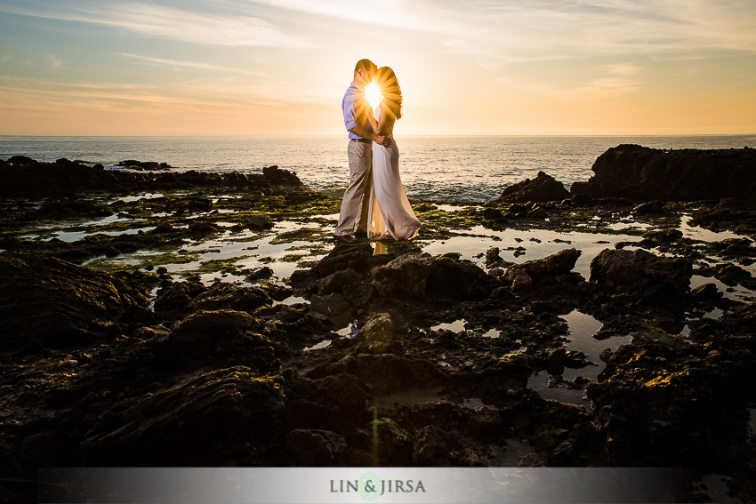 14-laguna-beach-orange-county-sunset-engagement-photos