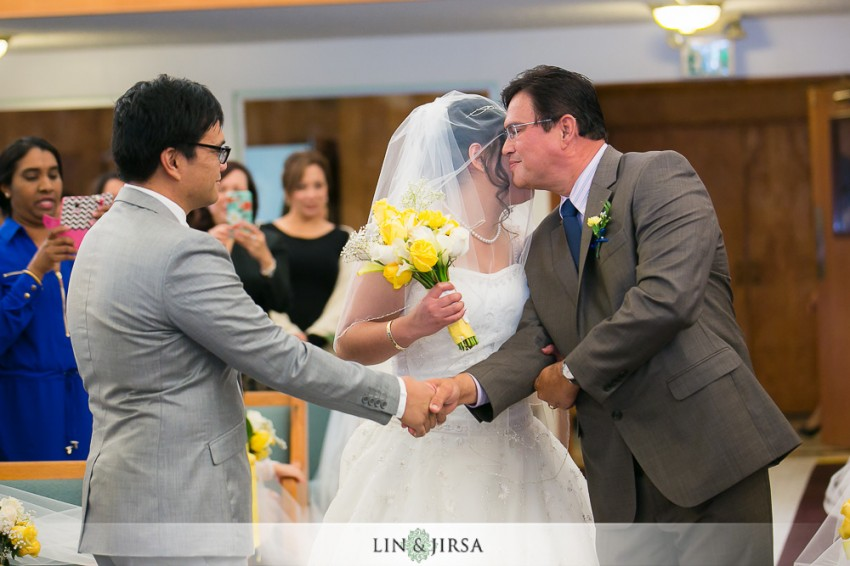 14-the-grand-long-beach-event-center-wedding-photographer-wedding-ceremony-photos
