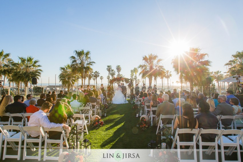 16-hyatt-regency-huntington-beach-wedding-photographer-wedding-ceremony-photos