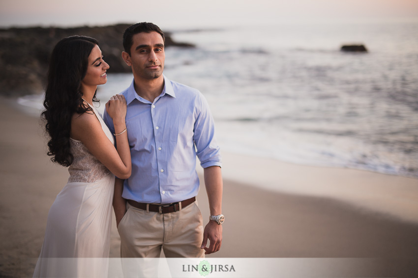 16-laguna-beach-orange-county-sunset-engagement-photos