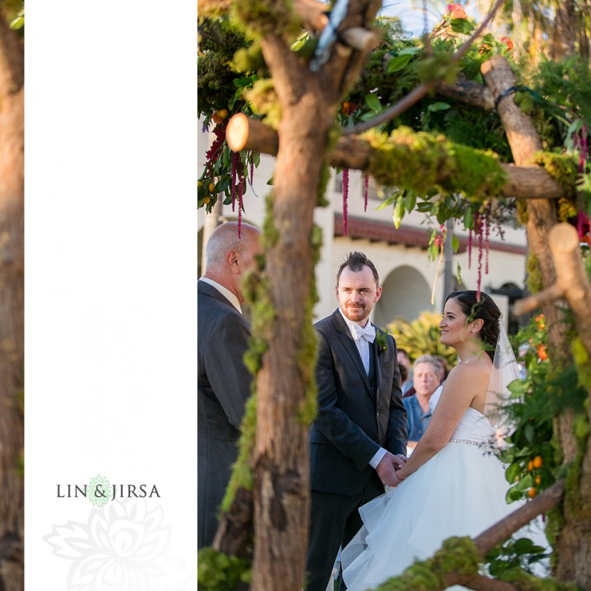 17-hyatt-regency-huntington-beach-wedding-photographer-wedding-ceremony-photos