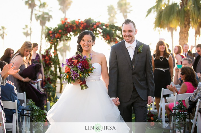 19-hyatt-regency-huntington-beach-wedding-photographer-wedding-ceremony-photos