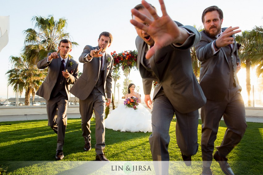 22-hyatt-regency-huntington-beach-wedding-photographer-wedding-party-photos